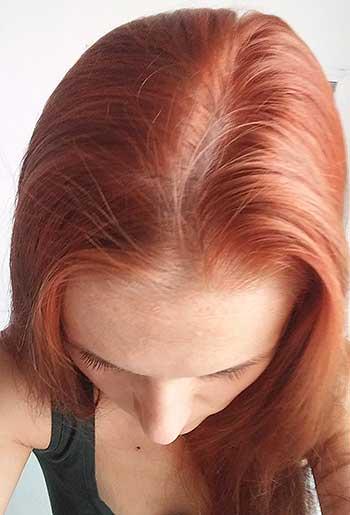 Nimbový upokojujúci šampón od Neem Sunita Passi - umyté vlasy