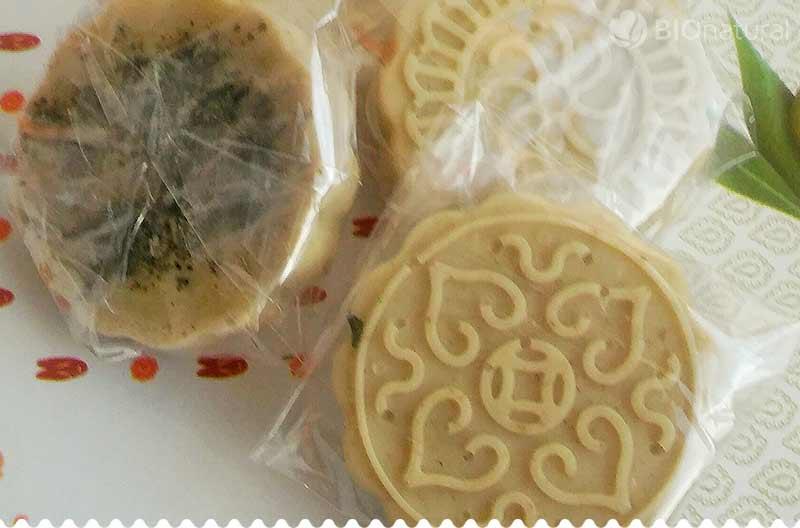 DIY: Medovkovo - mätové mydielko s bylinkami