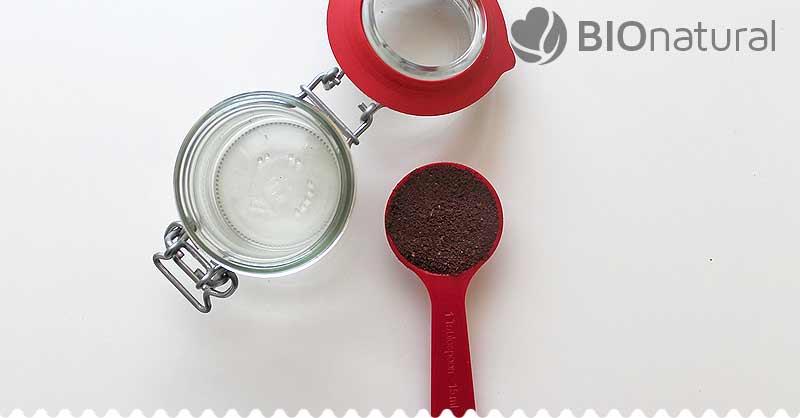 DIY Kávovo kokosový pleťový a vlasový olej - pripravíme si kávu