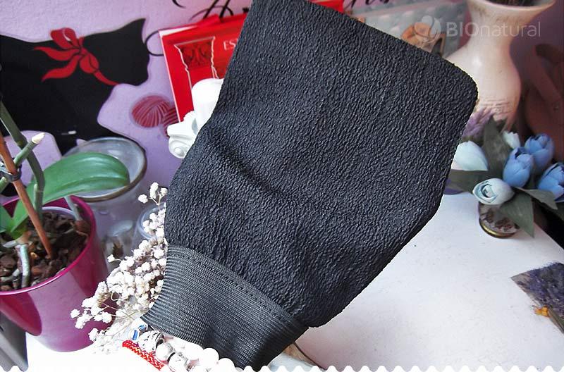 Peelingová rukavica Kessa